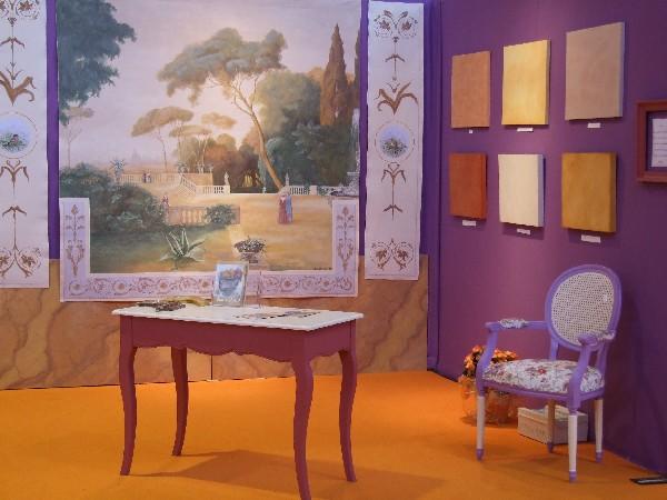 Présentation de techniques de peinture. Salon de l'habitat à Nîmes.