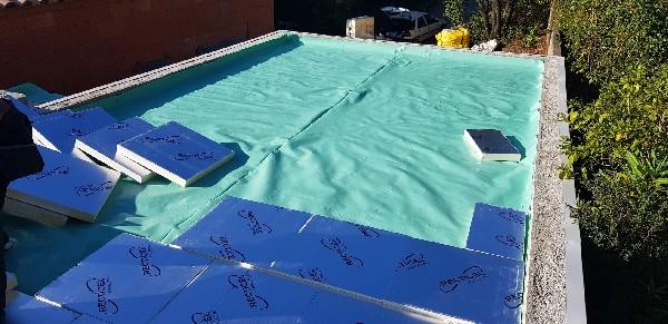 Pare vapeur sur toiture terrasse pour complexe d'étanchéité membrane pvc