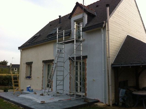PEINTURE ANGERS AVO r&eacute;novation ANGERS<br /> AVO r&eacute;novation ANGERS<br /> R&eacute;novation - D&eacute;pannage - Bricolage<br /> www.avo-renovation.fr<br /> travaux@avo-renovation.fr<br /> 02 53 20 73 08 - 06 99 55 56 99