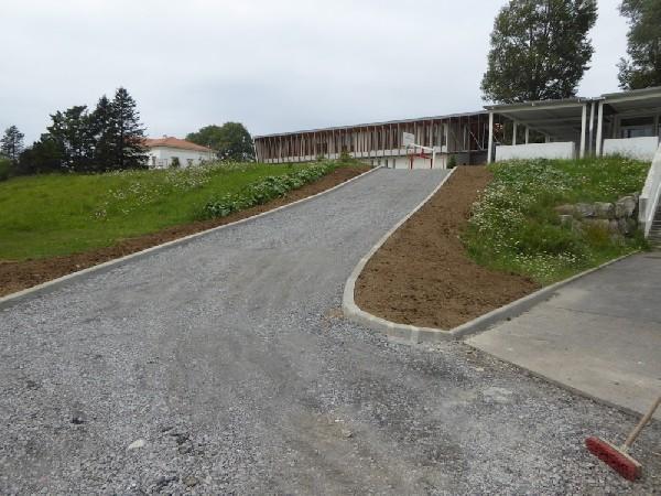 Création d'un accès à Biarritz dans le cadre de travaux d'aménagement d'accès PMR pour un collège
