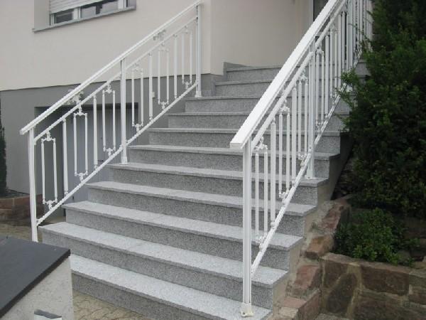 Fourniture et pose d egranit sur escalier et/ou terrasse