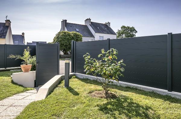 Verneuil (78 ) : Installation d'un ensemble portail + portillon + clôture